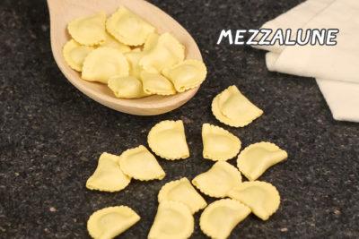 พาสต้าเมซซาลูน่า (Mezzalune)